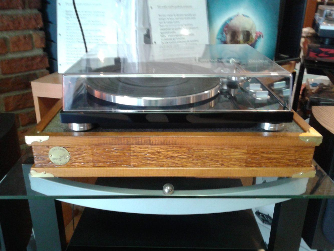 Eki-Table Roots Series Audio Podium